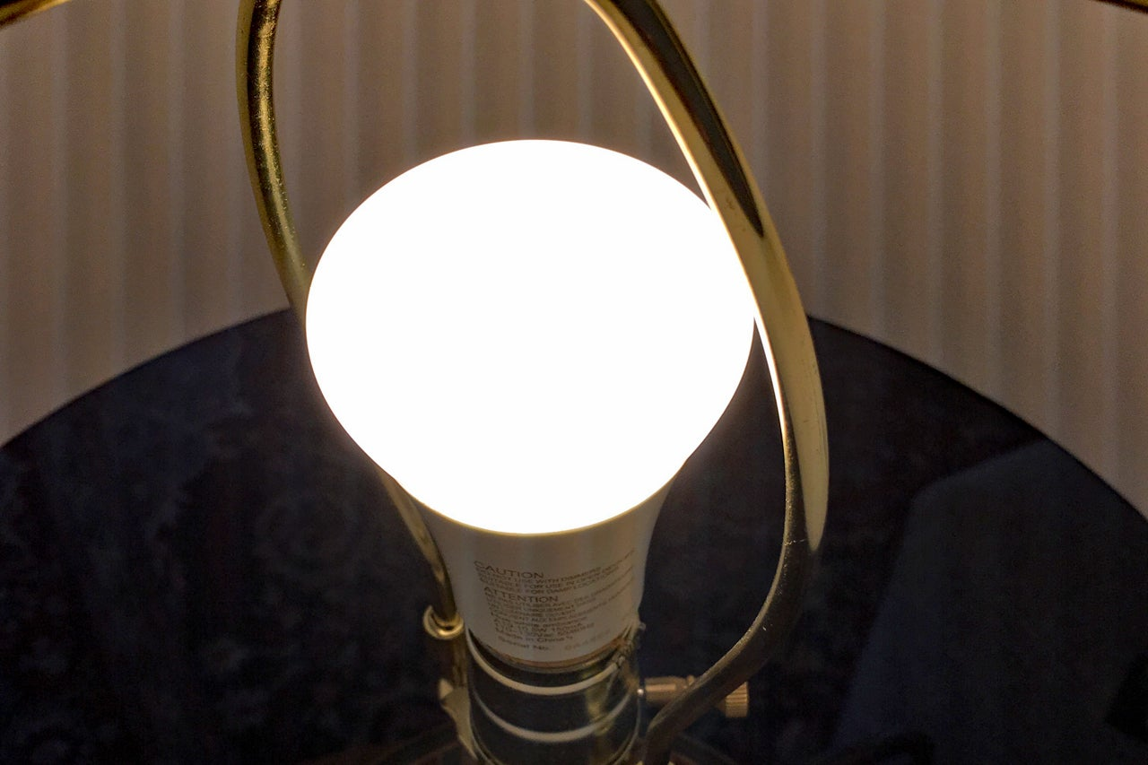 Philips Hue Lampen : Philips hue white ambiance review this is the bulb to beat techhive