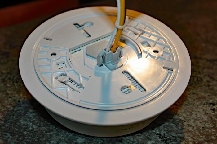 Roost Smart Smoke Alarm RSA-400 wiring