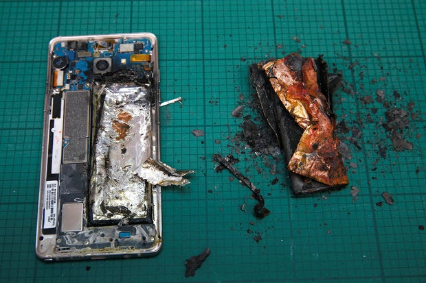 note 7s with exploded battery