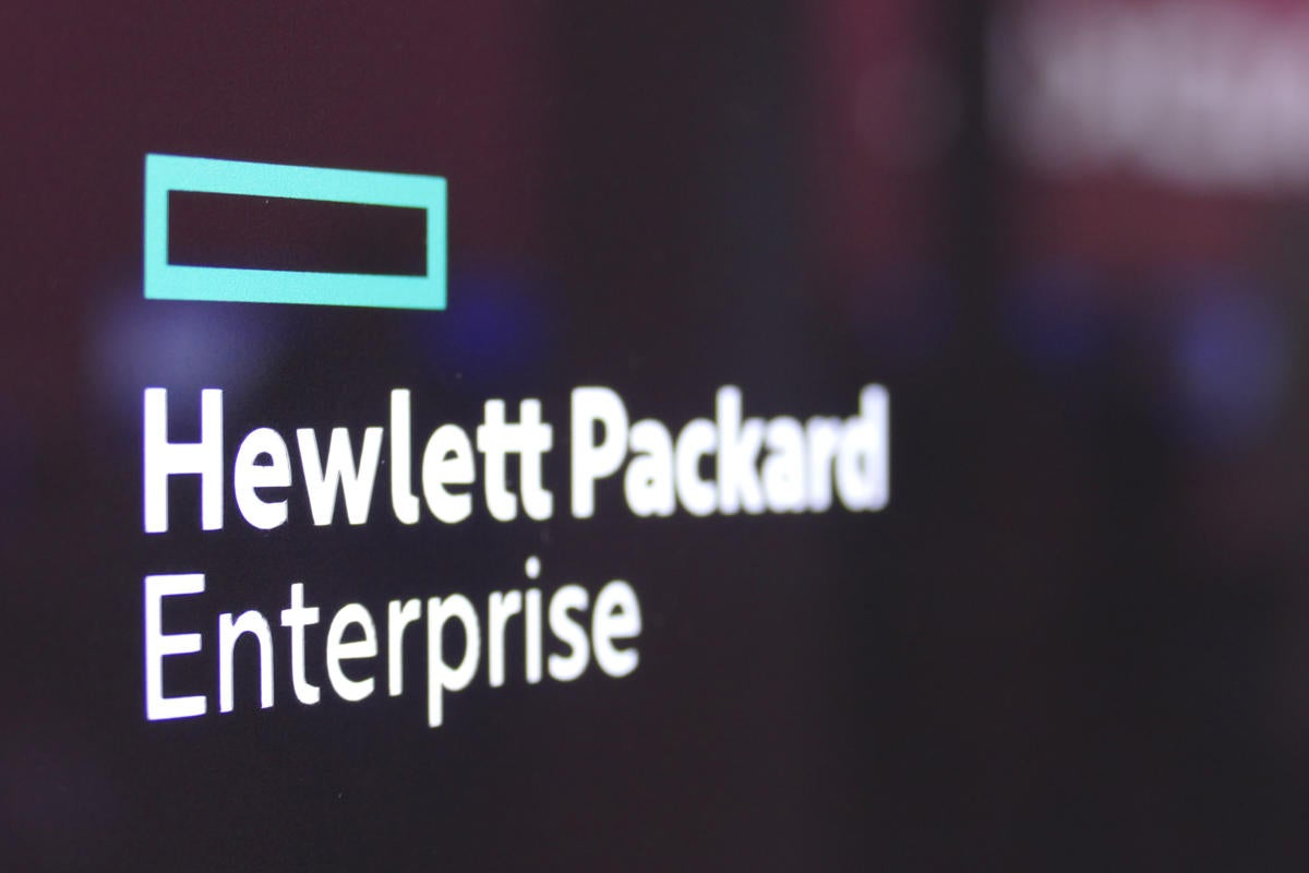 MWC HP HPE booth sign