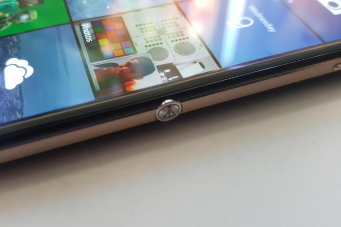 Alcatel Idol 4S camera button