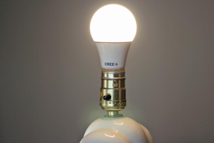 Cree A19 soft-white 60W dimmable LED bulb