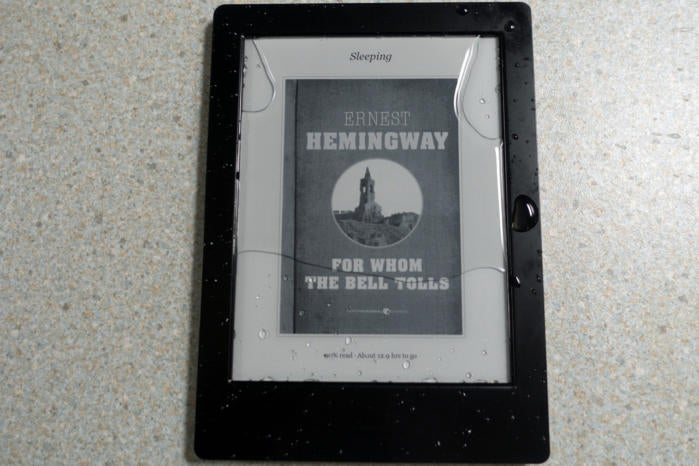 Kobo aura h2o review this e reader is pool and bathtub ready for Housse kobo aura h2o edition 2