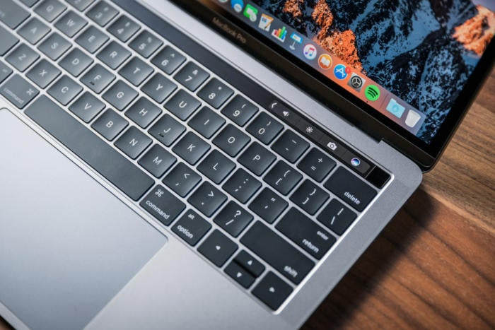 macbook pro 13 late2016 review adam touchbar