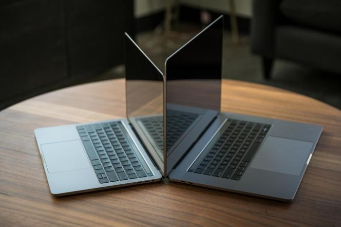 macbook pro late2016 review adam pair