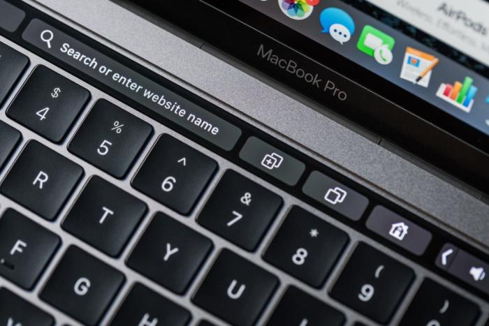 macbook pro late2016 review adam touchbar safari