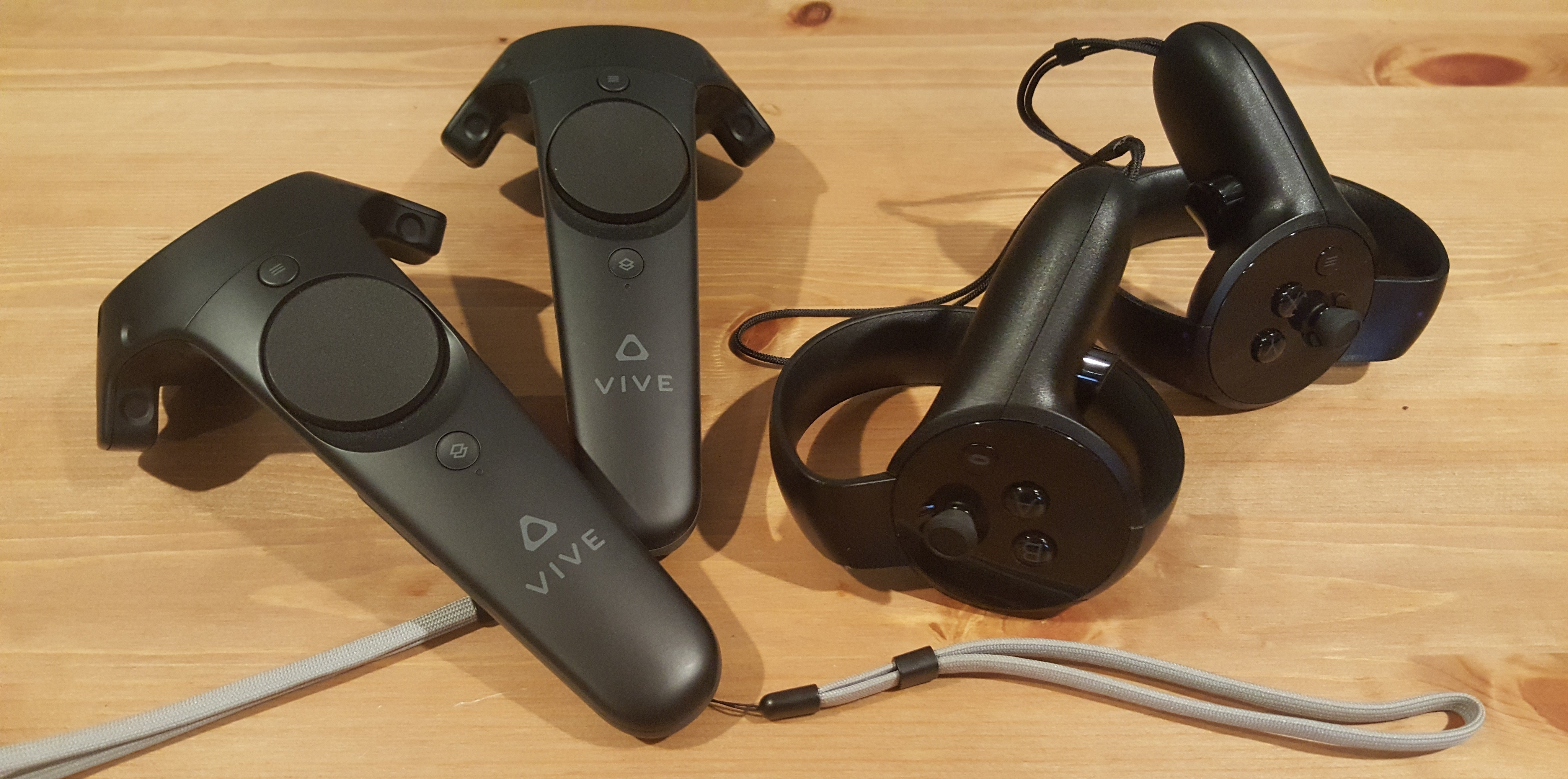 Oculus Touch controller review: Putting virtual worlds at ...