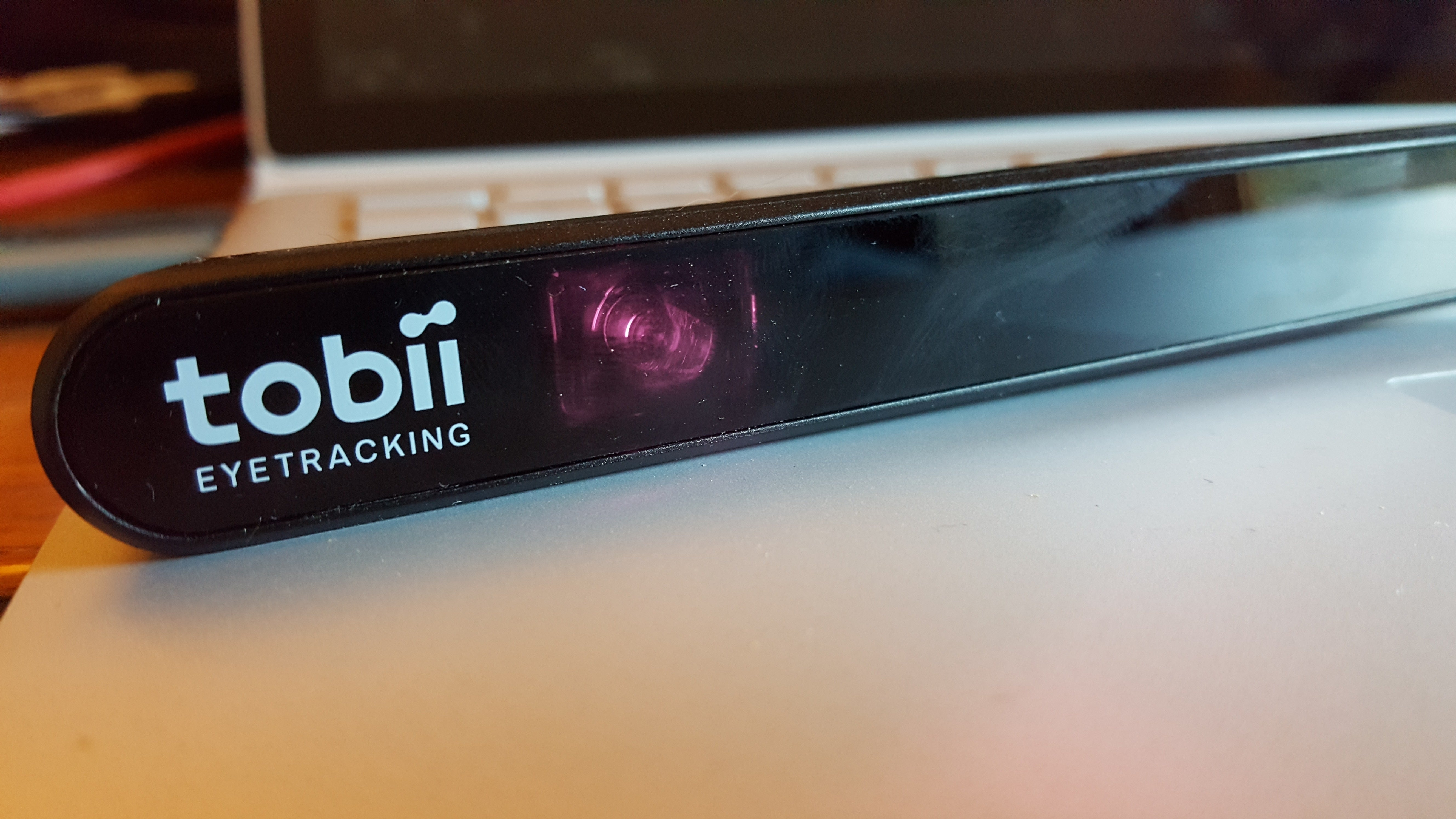 tobii eye x  Tobii Eye Tracker 4C hands-on: Mousing with your eyes has surprising ...