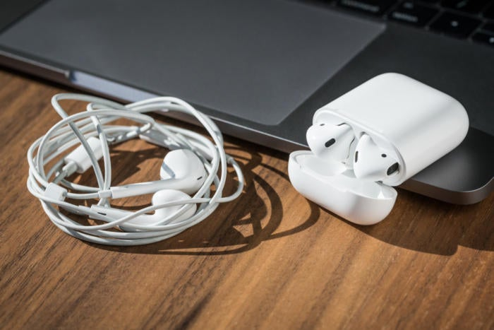 apple airpods review adam no tangles