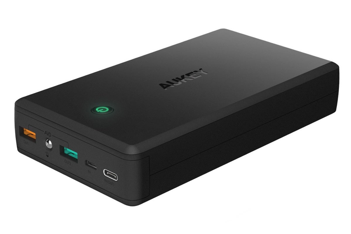 Aukey 30000mah Power Bank With Quick Charge 30 Review Can Fully Full Usb Compliance Battery Charger A Sleeping Macbook Macworld