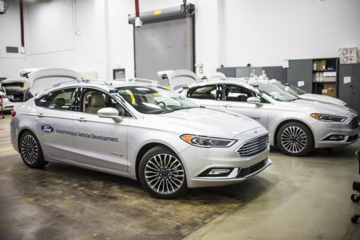 ford self driving car fleet