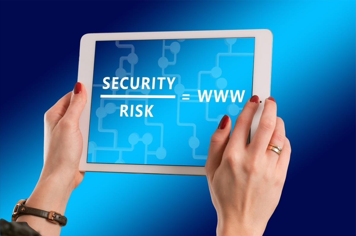 internet web security risk
