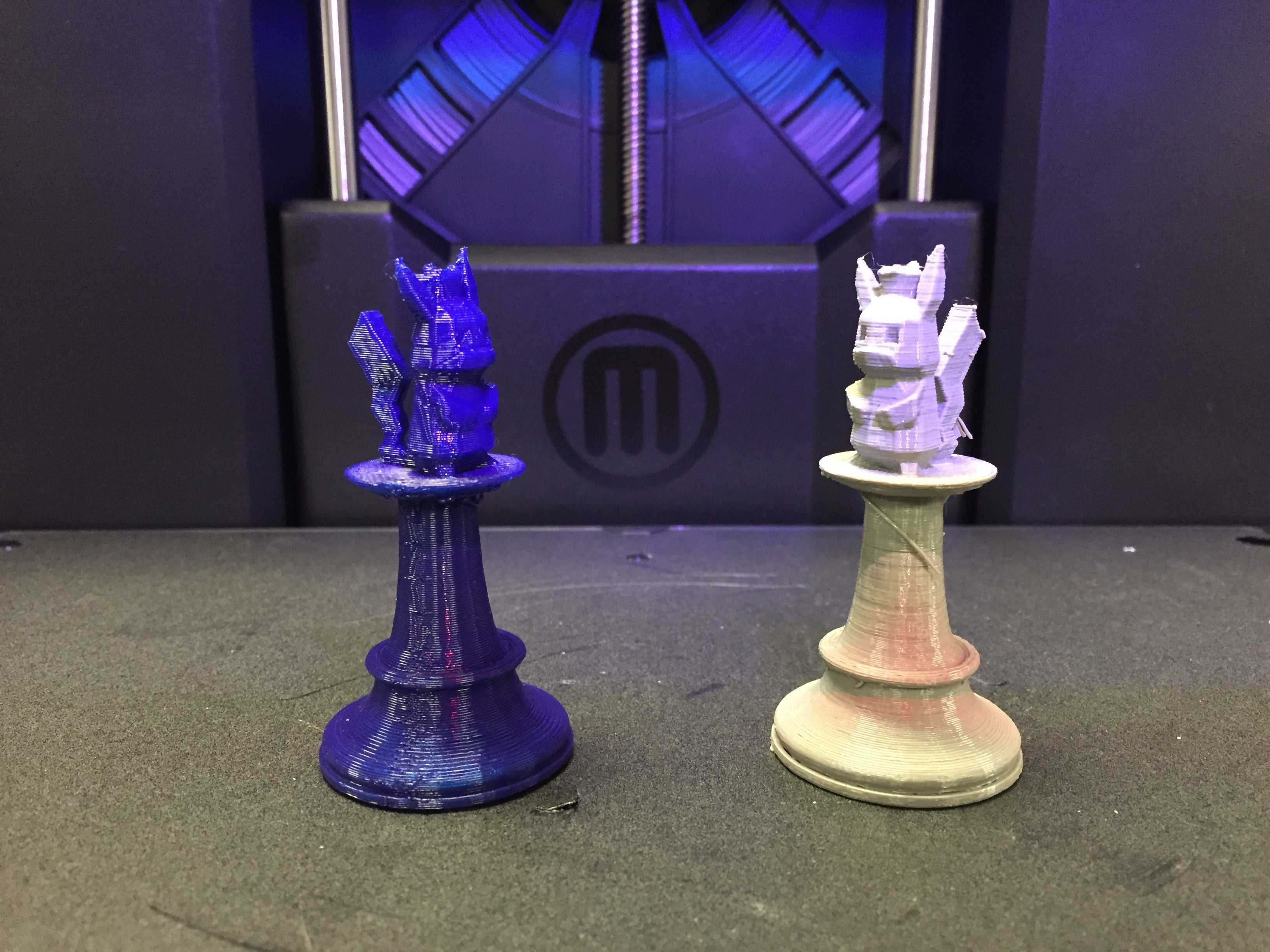 review makerbot replicator 3d printer fixes some issues but