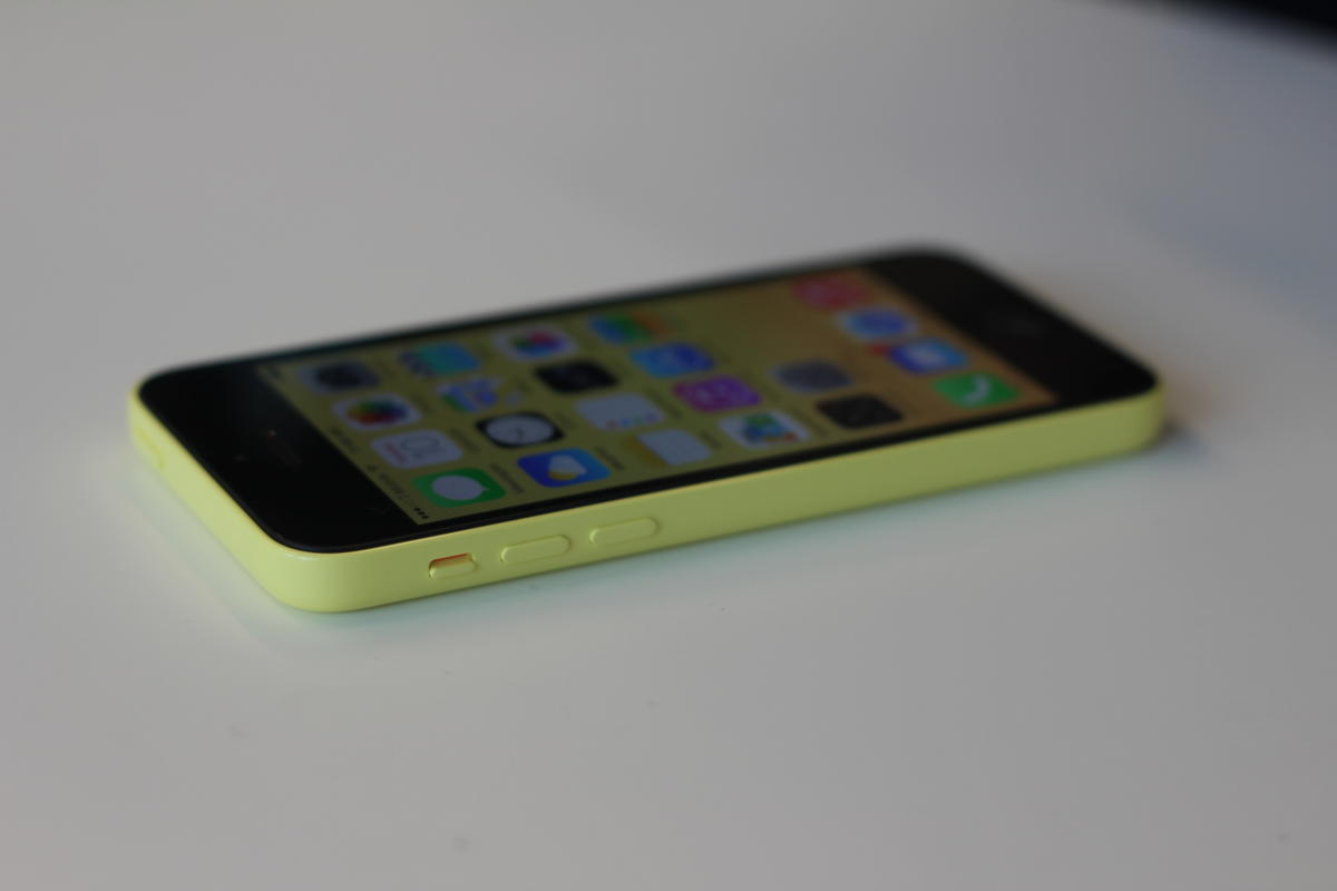 yellow iphone c jason snell