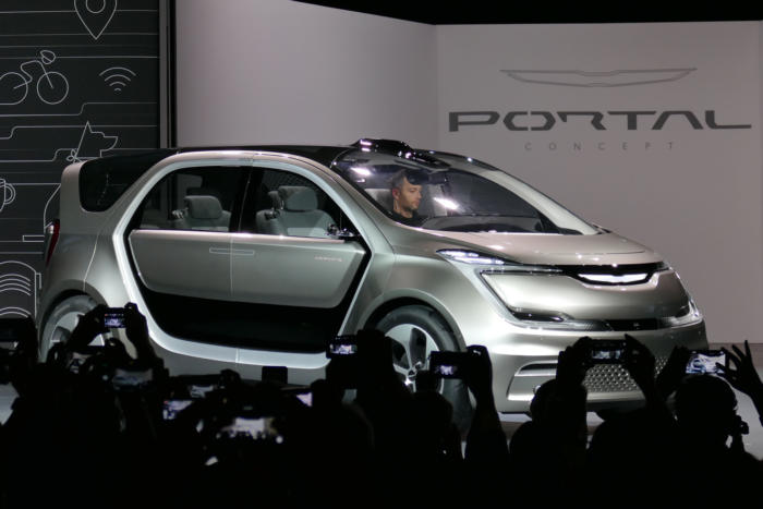 170103 chrysler portal 01