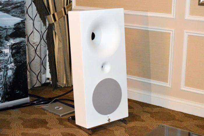Avantegarde Acoustics Zero TA
