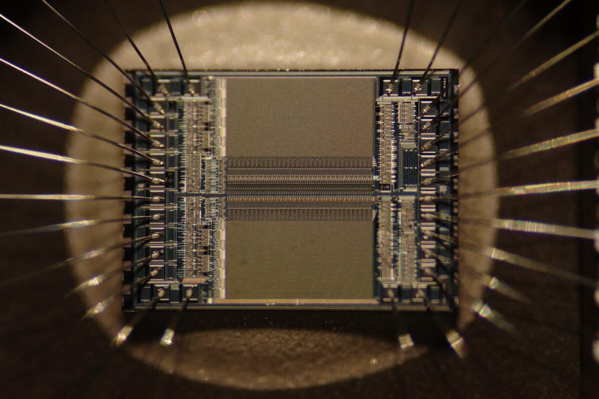 Researchers create memory chips that store and process data