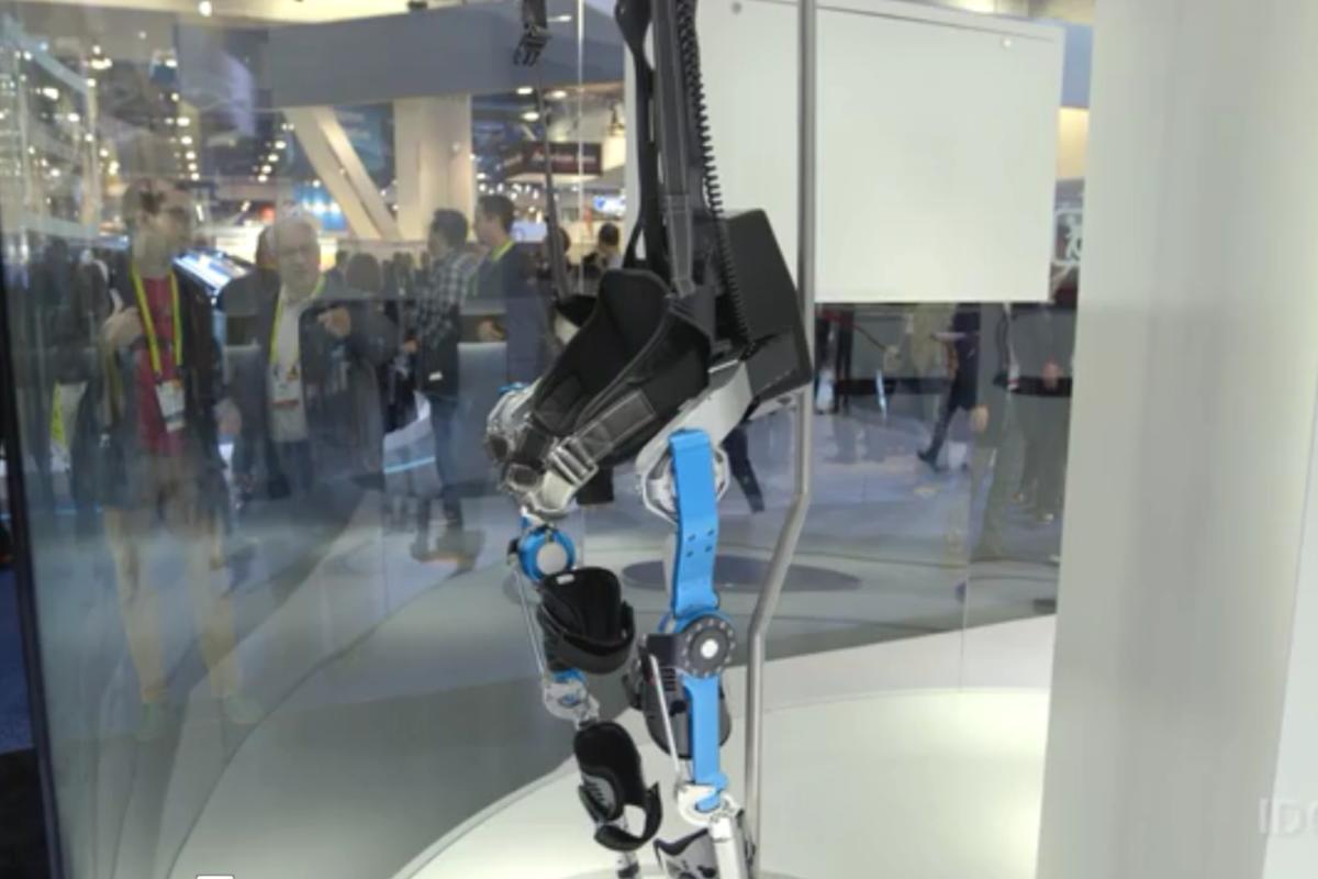 Hyundai's Wearable Robots Could Make You Superhuman
