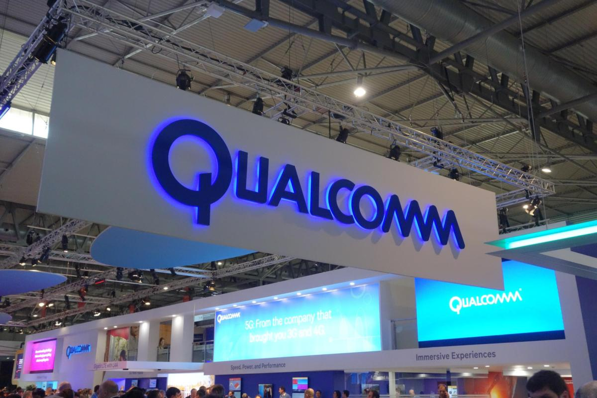 Qualcomm's new chip brings high-end features to low-end 'candy bar' phones