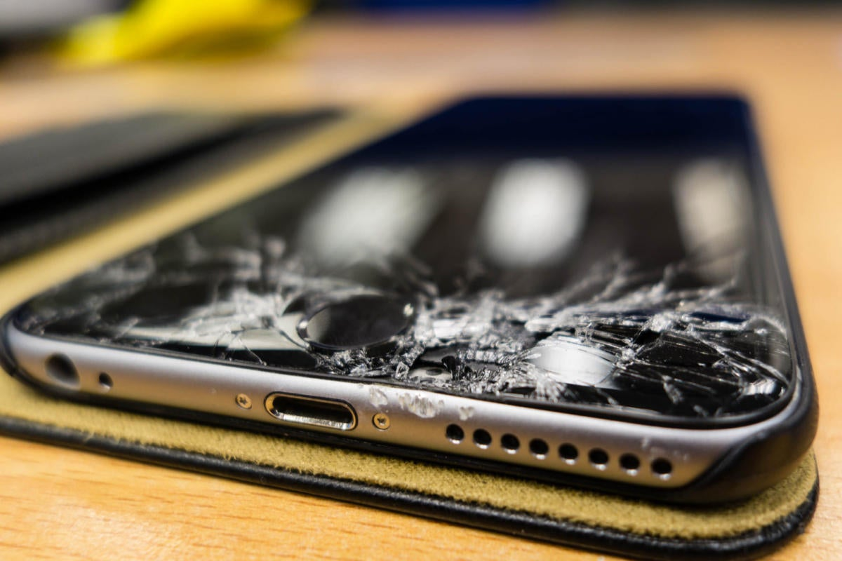 iphone 6 plus cracked
