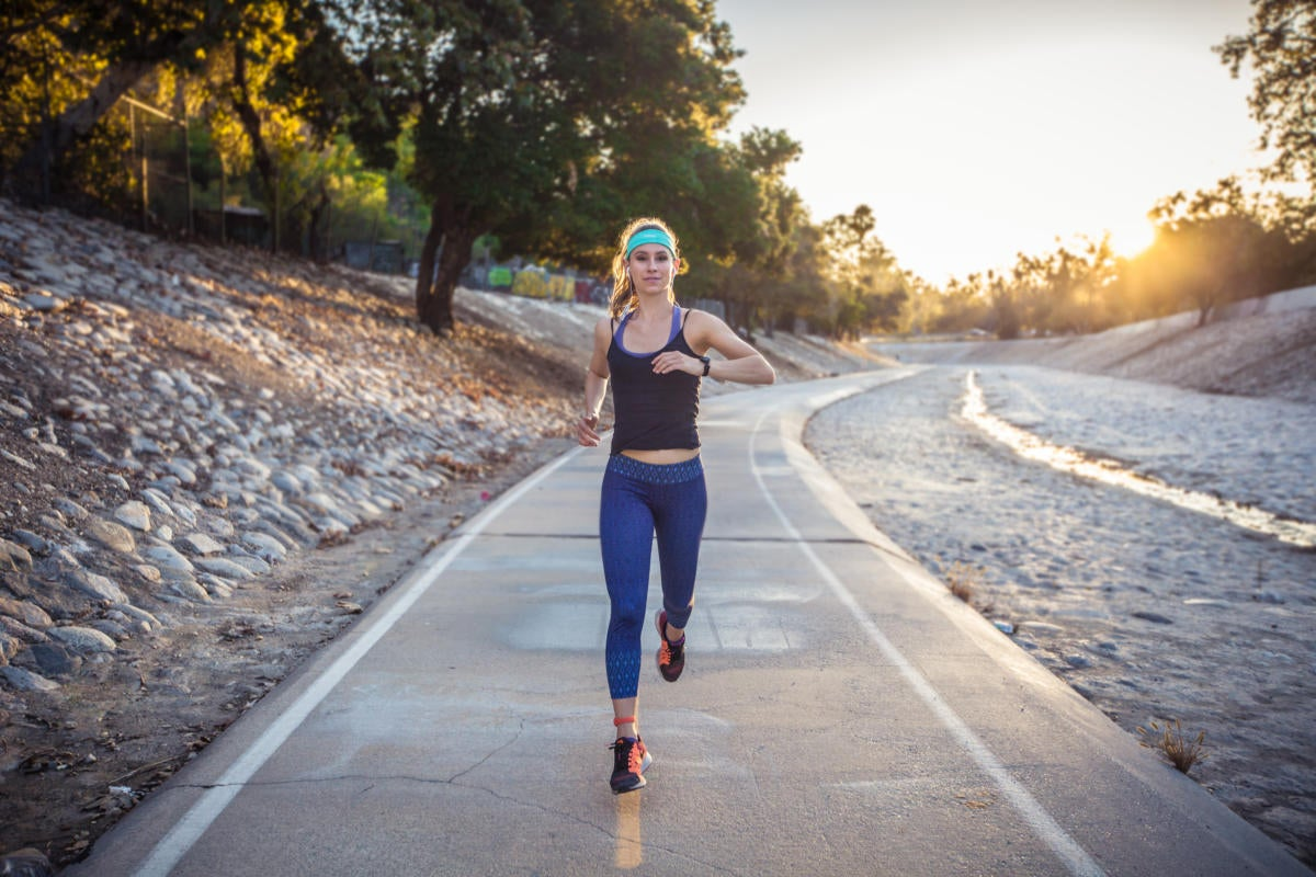 Moov HR Sweat review: This heart rate-tracking headband will kick