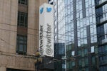 Twitter pulls lawsuit after US government backs down