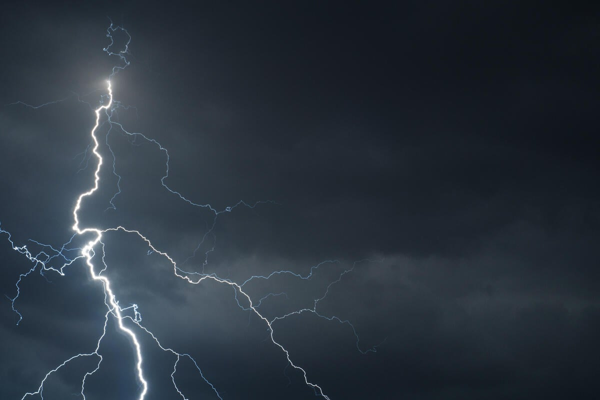 thinkstockphotos-lightning-100711221-large.3x2 Packard Mobile Home on isuzu mobile home, tesla mobile home, ford mobile home, kia mobile home, studebaker mobile home, vw mobile home, excalibur mobile home, allstate mobile home, rambler mobile home, crosley mobile home, mini mobile home, peterbilt mobile home, winnebago mobile home, bentley mobile home, smart mobile home, toyota mobile home, white mobile home, chevrolet mobile home, imperial mobile home, benz mobile home,