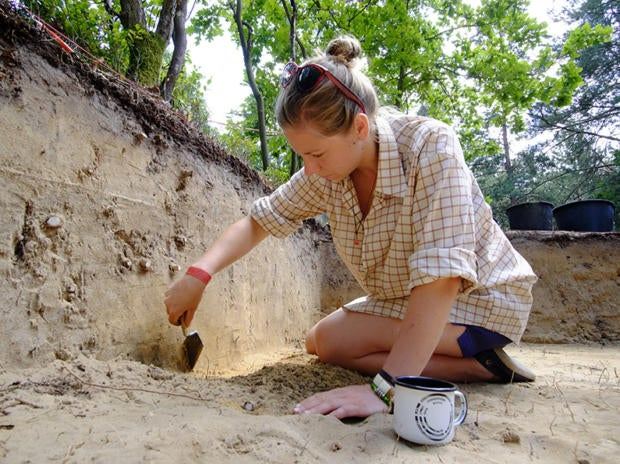 09 ir archaeologist