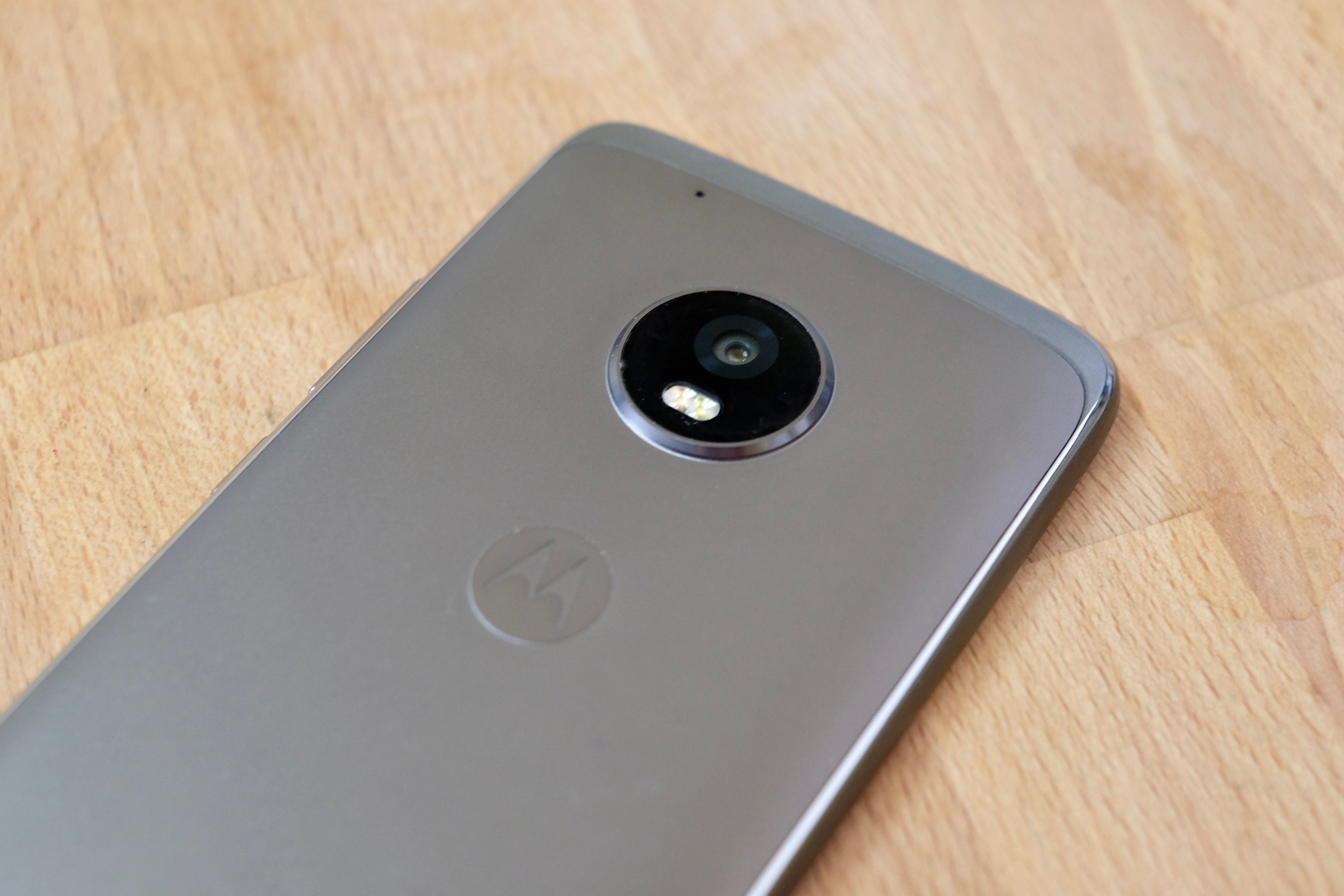 Moto G5 Plus review: Inexpensive doesn't have to mean cheap