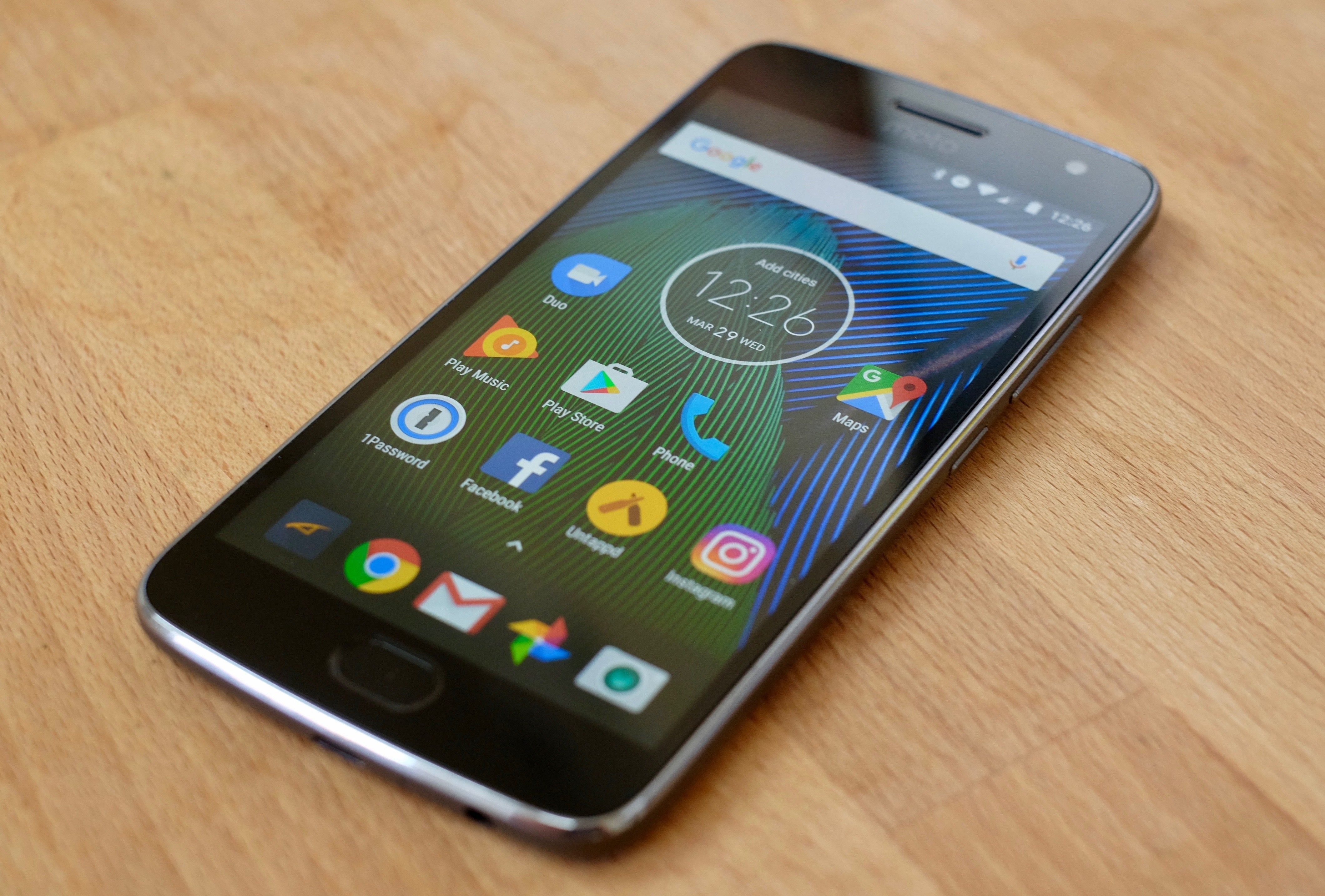 Moto G5 Plus Review Inexpensive Doesn T Have To Mean