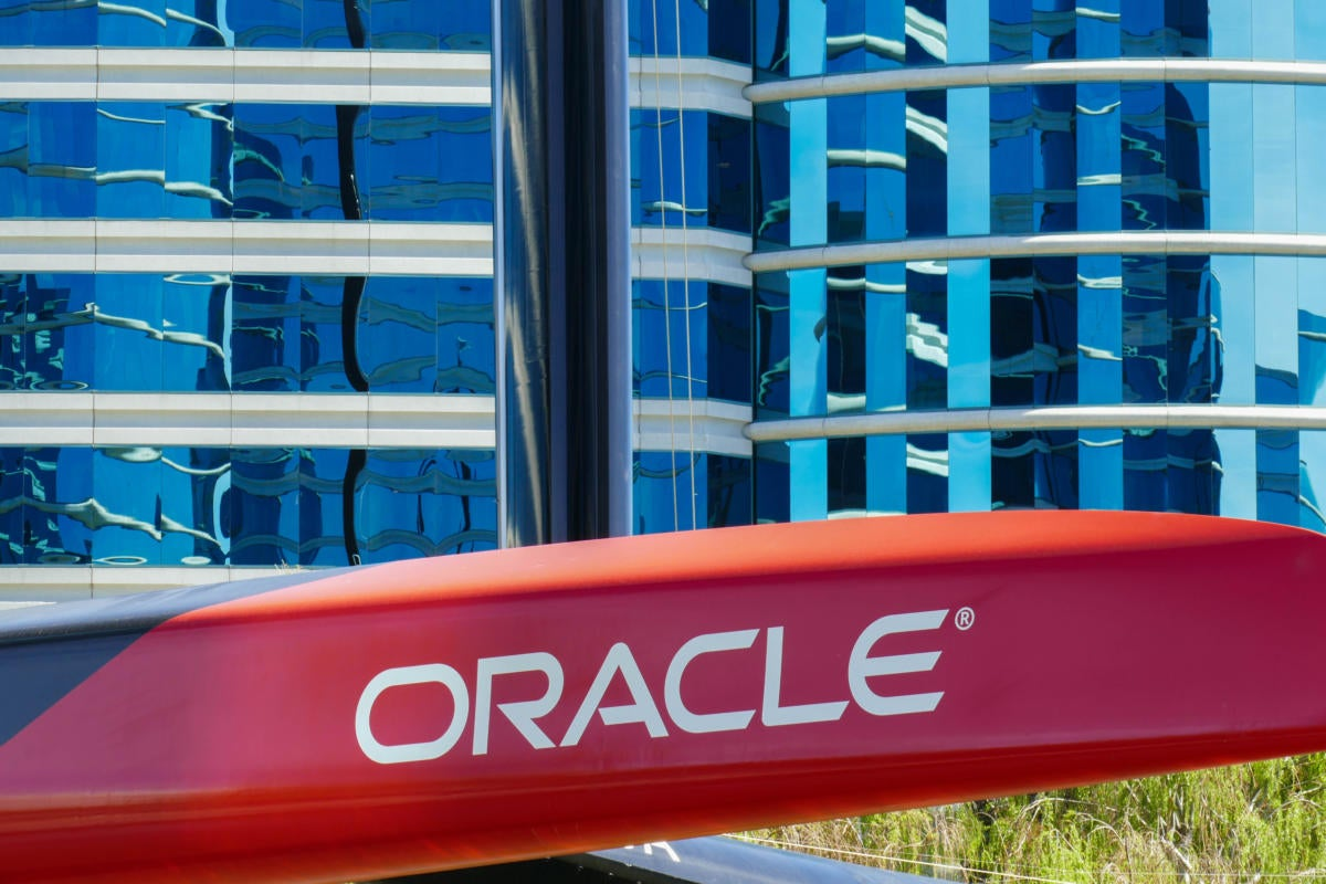 Oracle uses machine learning to manage, secure enterprise systems