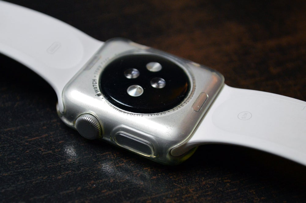 sports shoes 9a36e aa7aa Tested: 5 protective bumpers for the Apple Watch | Macworld