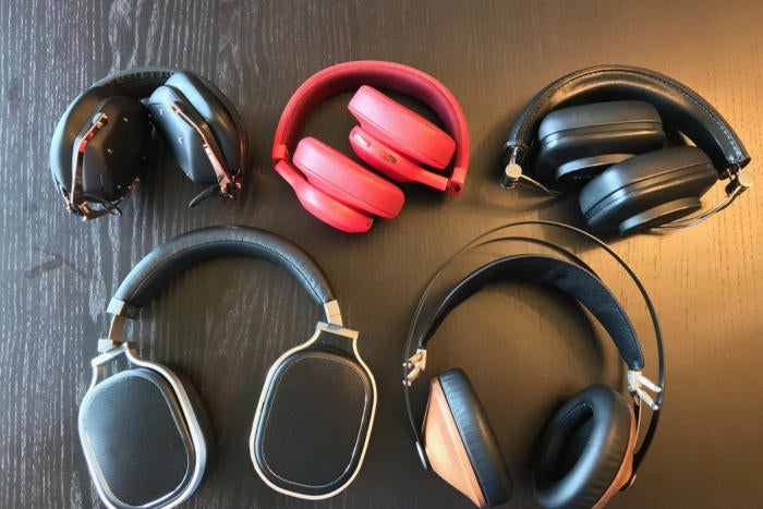 Different headphone compact sizes