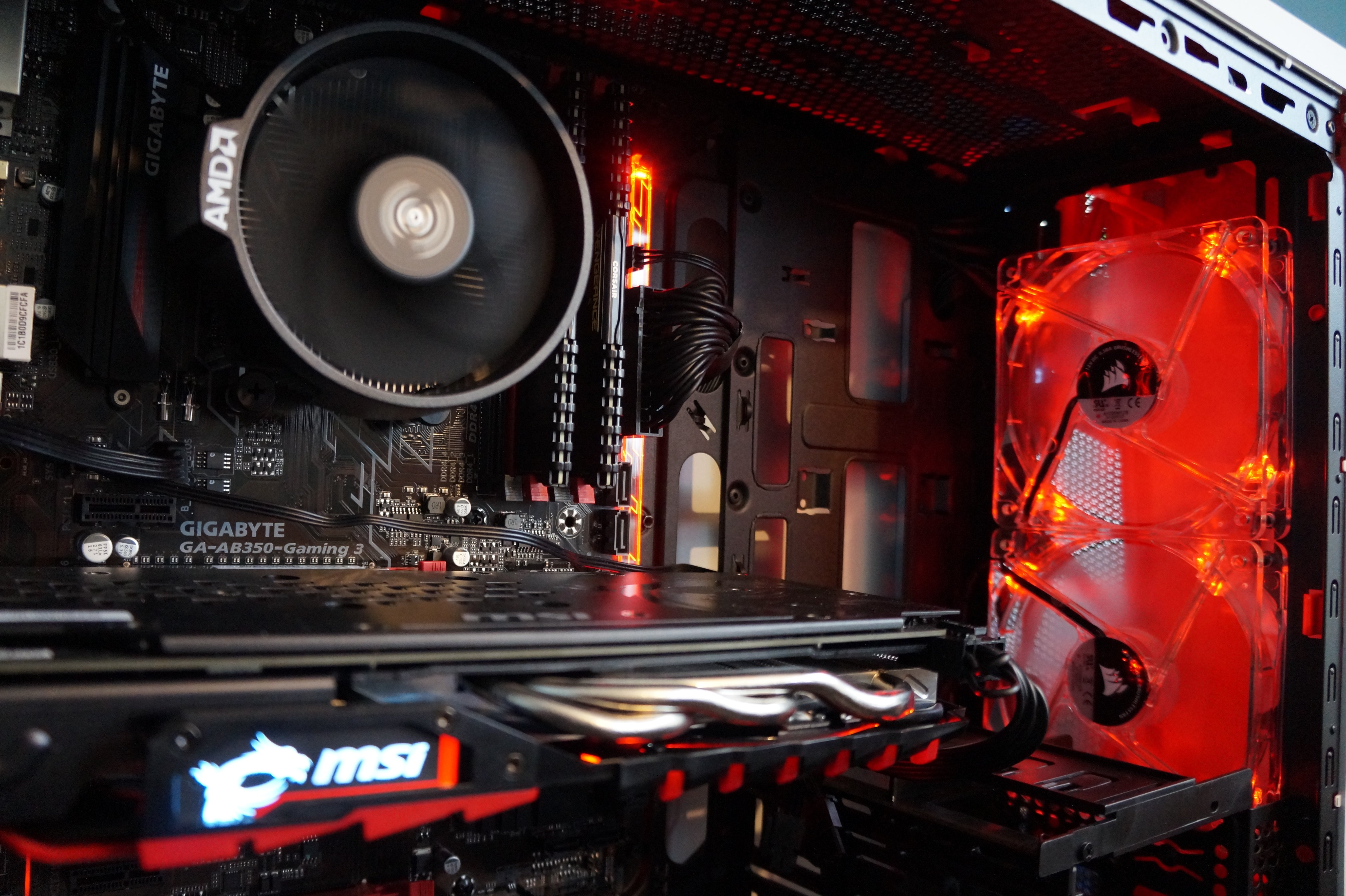 This Ryzen 5 1500X all AMD PC brings pelling 8 thread gaming to the masses