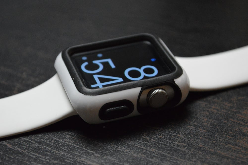 sports shoes 296c7 e032e Tested: 5 protective bumpers for the Apple Watch   Macworld