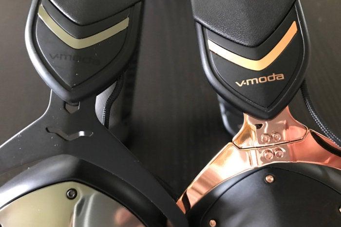 V-Moda's patent-pending hinge design