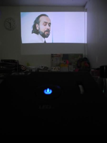 FAVI_Mini_Projector_4.jpg