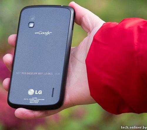 LG Nexus 4 Smartphone Android