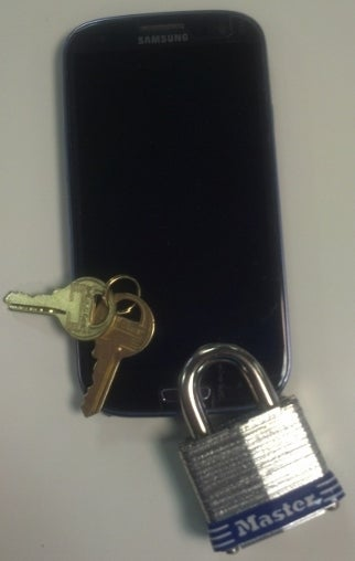 cellphone_with_lock_and_keys_blog_photo.jpg