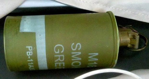 live smoke grenade