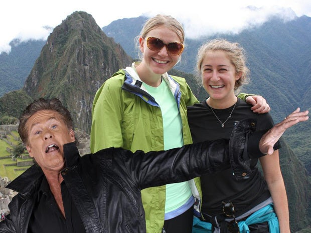 Hasselhoff photobombs