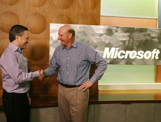 Microsoft buys Yammer