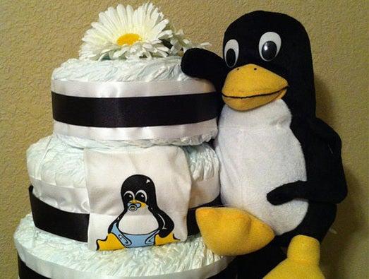 Tux Linux Penguin Diaper Cake Geekling Attack