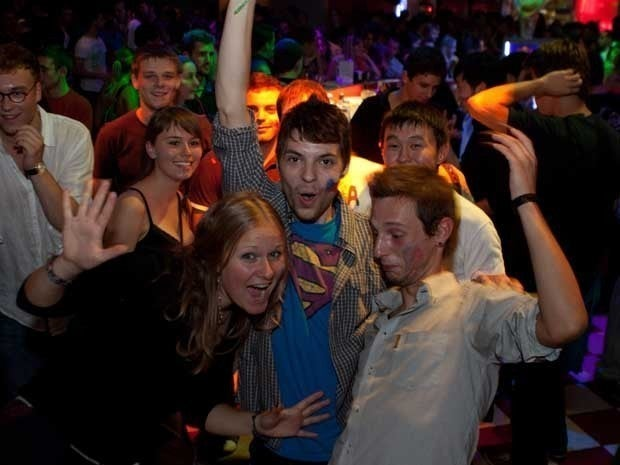 Picture of 20-somethings partying