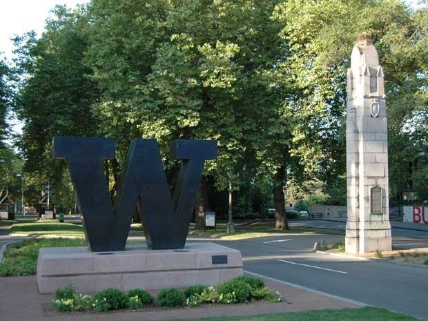 Picture of the entrance to the University of Washington campus in Seattle with a large W sign