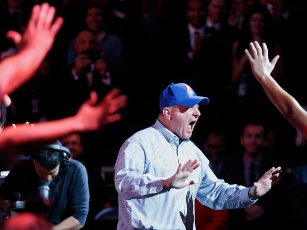Steve Ballmer dunks a basketball (with a little help)