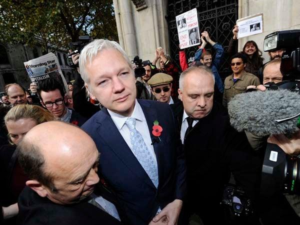 Assange-2011