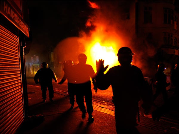 london riots fire crowds panic people emergency blaze hot heat