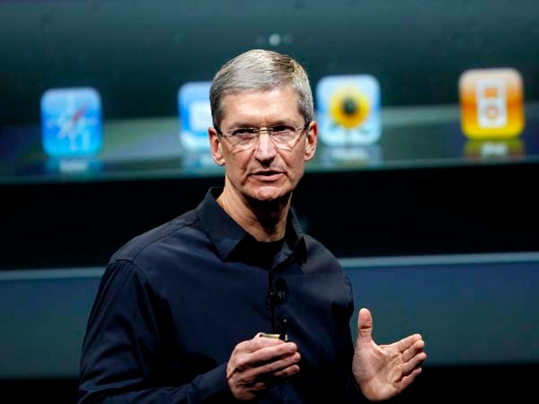 Apple's Tim Cook breaks into top 10 CEO list