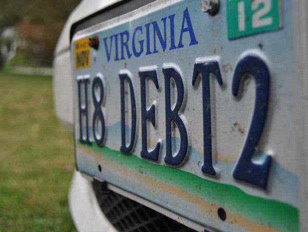 License plate H3 DEBT2